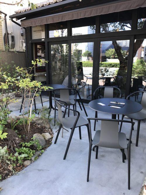 サカイノマカフェのテラス席