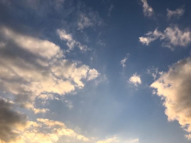 カフェムロから見た空
