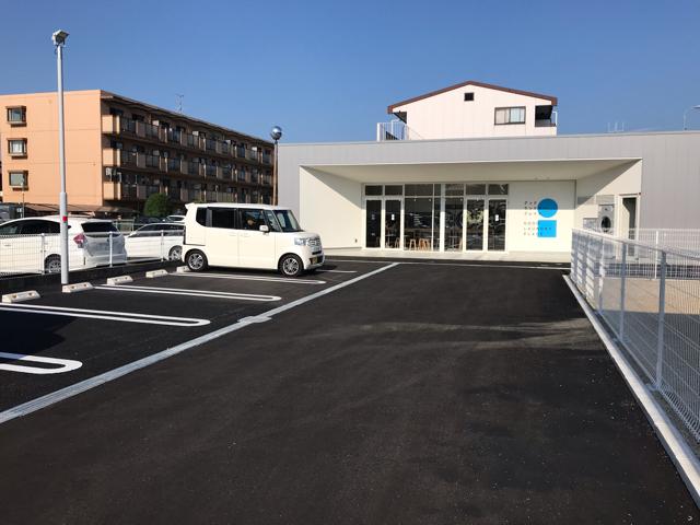 グッドランドリープレイス駐車場