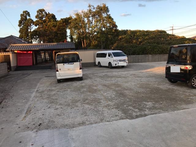ドッグカフェメイプルの駐車場
