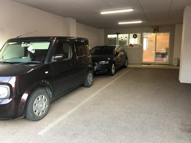 エルカリニョ駐車場